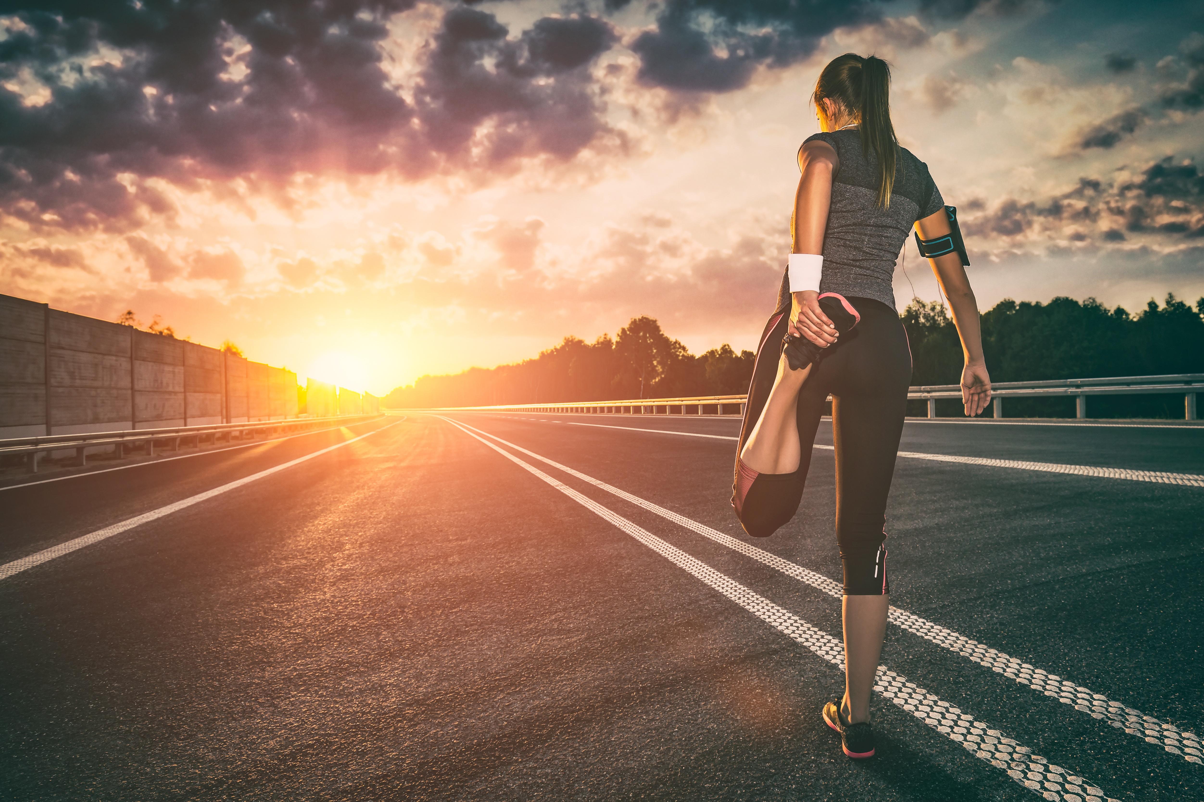 Runner preparing